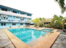 OYO 1004 Naklua Mansion, hotel in North Pattaya
