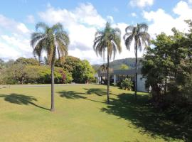 Comfort Inn Premier, hotel in Coffs Harbour