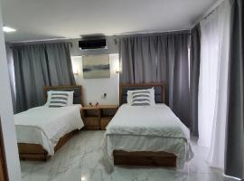 Boca Grande Hotel Suites, hotel in Boca Chica