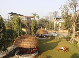 Travellers Jungle Camp, hotel in Sauraha