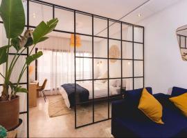 Stylish Studio(WiFi, Netflix, Pool, AC, Nespresso), apartment in Marrakesh