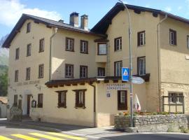 Chesa Alpina, Maloja, hotel in Maloja