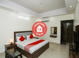 OYO 35511 Hotel Park View, hotel in Rohtak