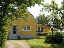 Three-Bedroom Holiday home in Rømø 23, vacation home in Bolilmark