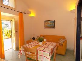 Case per vacanze Le acacie, holiday home in Maiori