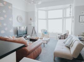 Beach Shore - SEA VIEWS, apartment in Lytham St Annes