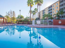 Bluegreen Vacations Orlando Sunshine Resort, hotel with jacuzzis in Orlando