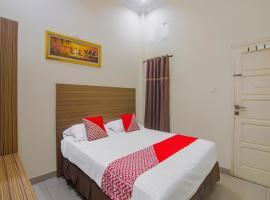 OYO 90327 Hotel Faradisa Syariah, hotel in Payakumbuh
