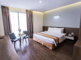 THC Holiday Hotel Sam Son, hotel in Sầm Sơn