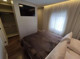 Loft Nilo Dias, Centro - a 300m da Rua Coberta, apartamento em Gramado