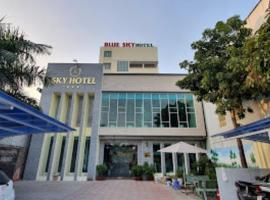 Sky Hotel, hotel in Bien Hoa