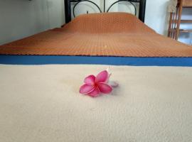 Samui Sunset or The Dreamcatcher Hostel, hotel i nærheden af Nathon-molen, Surat Thani