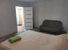 Квартира в центре в 300м от моря 2х комнатная, apartment in Gelendzhik