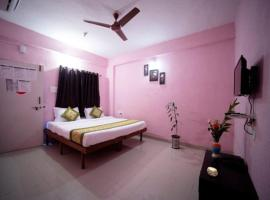 Hotel Sai Residency, room in Lonavala