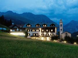 Hotel Del Cardo, hotell i Valdidentro