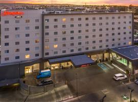 Hampton Inn By Hilton Tijuana, hotel in Tijuana