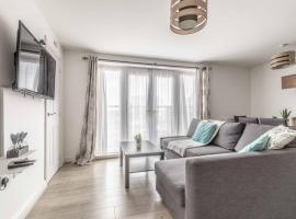 2 BED & 2 BATH COSY APARTMENT SLOUGH- FREE PARKING, apartment in Slough