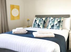 Twenty9, hotel in Paignton