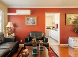 Luxury stay near Santana Row for vacation/business, apartment in San Jose