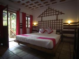 Hotel Ambadi, hotel in Thekkady