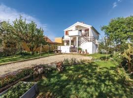 Apartment Radeki Polje I, vacation rental in Loborika