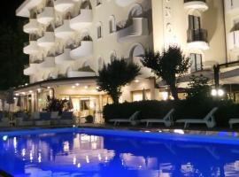 Hotel Nettuno, hotel in Cervia