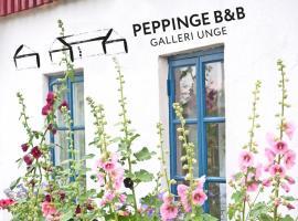 Peppinge Bed & Breakfast - Rapsbollen, hotell i Löderup