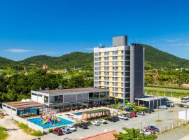 WAM Solar Pedra da Ilha, hotel in Penha