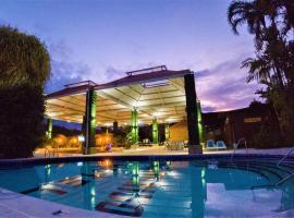 Arenal Paraiso Resort & Spa, hotel en Fortuna