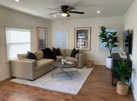 Huntington Highlight - Pool, Patio, Close To Beach, vacation rental in Huntington Beach