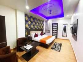 Hotel Noida Saffron, hotel in Noida