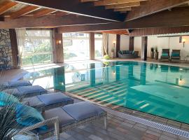 Hotel Hennemann, Hotel mit Pools in Cobbenrode