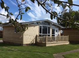Chalet 12a, self catering accommodation in Seaton