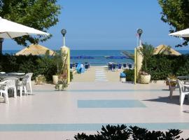 Hotel Cirillo Family Club, hotel a Silvi Marina
