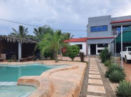 Calisto's Place, guest house in Pemba