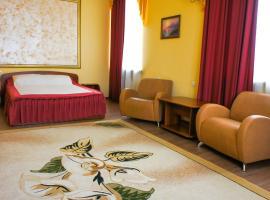 Smart Hotel КДО Омск, отель в Омске