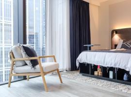 Scape Living at Aurora, apartamento em Melbourne