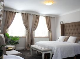 Hotel Vredehof, hotel near Damme Golf, Damme