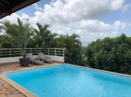 Villa Ti'Kemy avec piscine au sel, hotel near Martinique Aime Cesaire International Airport - FDF,