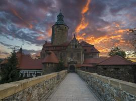 Zamek Czocha – hotel w pobliżu miejsca Zamek Czocha w mieście Leśna