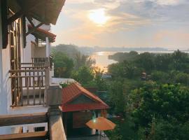 Calm House Hotel Hoi An, Hotel in Hội An