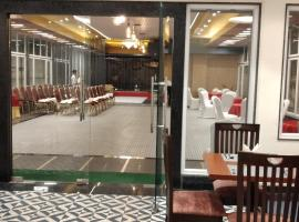 HOTEL SATYA INN, hotel near Lal Bahadur Shastri International Airport - VNS, Varanasi