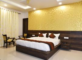 HOTEL HOLLYWOOD HEIGHTS, hotel in Amritsar