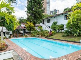 Ayenda 1257 Premium Real, hotel near José María Córdova International Airport - MDE, Medellín