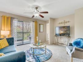 Cozy Entire Apartment 2 Bedroom Near Disney, hotel in Orlando