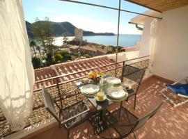 Villa Manzoni, holiday home in Campese