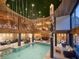 Hotel Marmolada, hotell i Corvara
