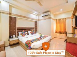 FabHotel Santoor Geeta Bhawan Square, hotel in Indore