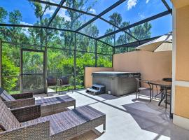 Upscale Regal Oaks Haven with Private Hot Tub!, beach hotel in Orlando