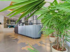 Coral Trade - Hospitais Puc RS e Clínicas - Pet Friendly, hotel near Sesi Theatre, Porto Alegre